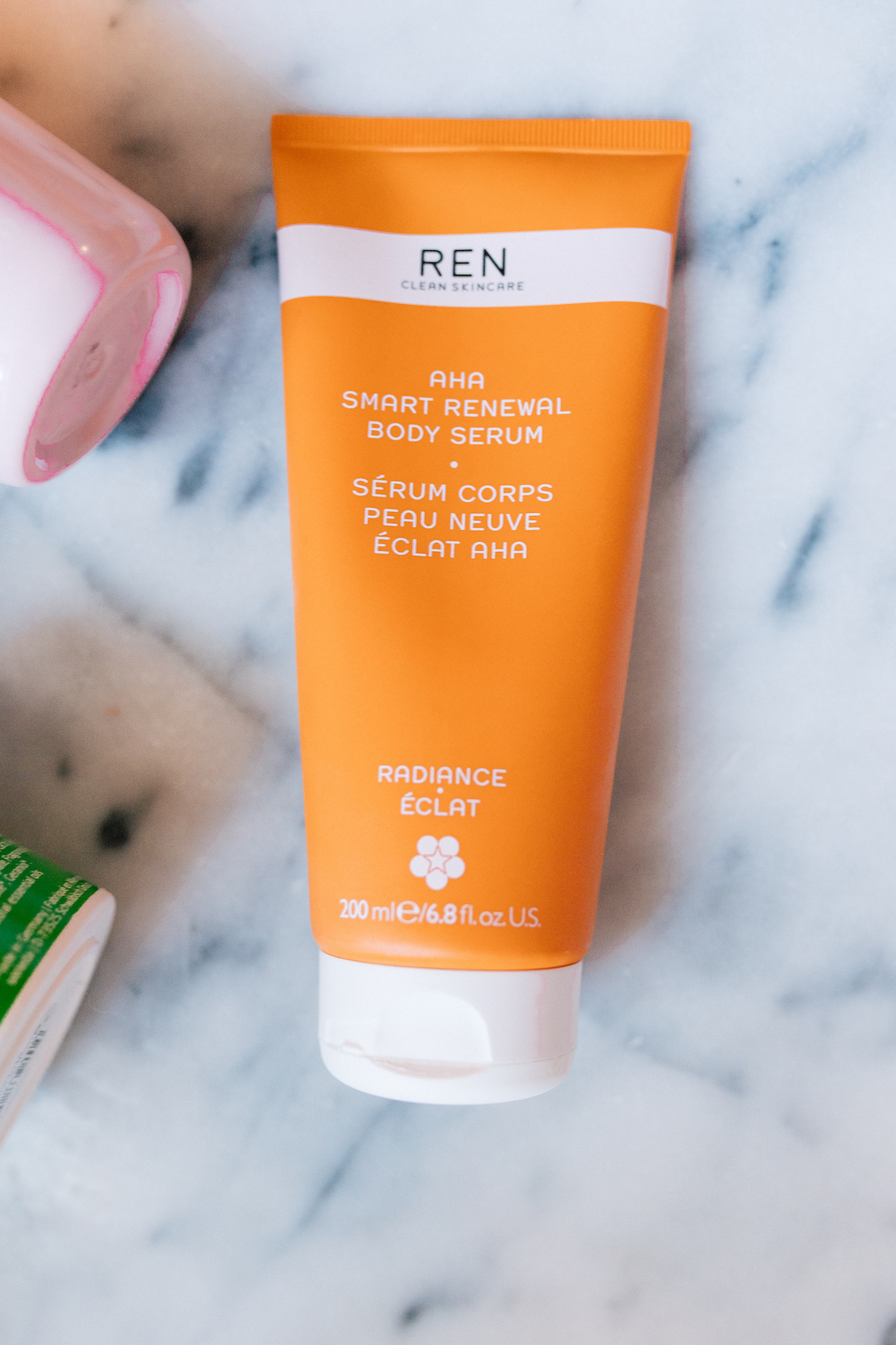 my favorite body products for dry skin | ren body serum | #beauty #skincare #beautyblogger #glossier | thestripe.com