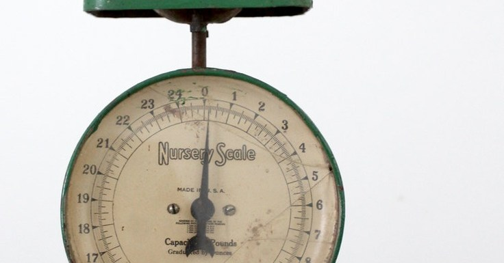 Nutrition vintage scale