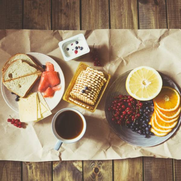 3 Easy-to-Make Breakfast while Travelling Around the World