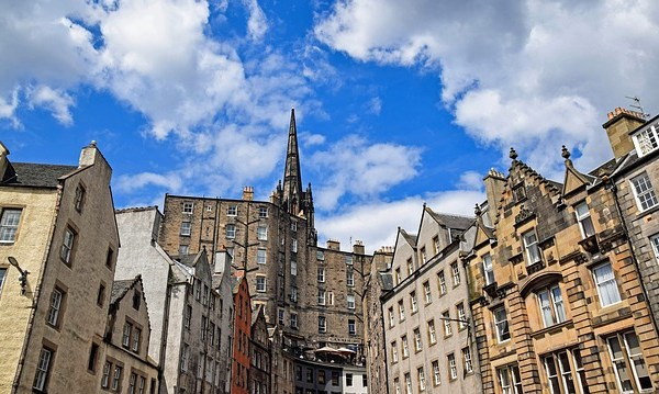 Top 10 Places to Visit and Activities to do When in Edinburgh