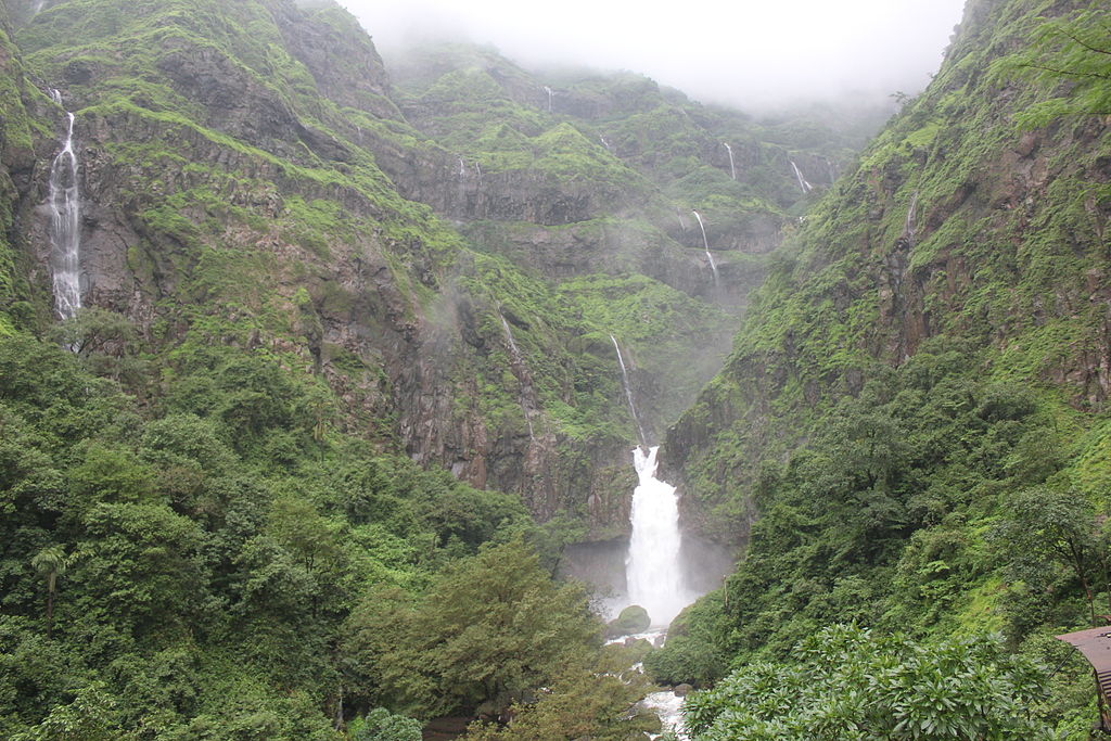 Marleshwar Waterfalls: Behold the Magnificence of Nature