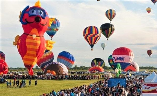 International Balloon Festival of Saint-Jean-sur-Richelieu, Canada