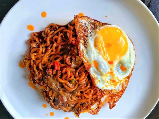 instant noodles in Indonesia