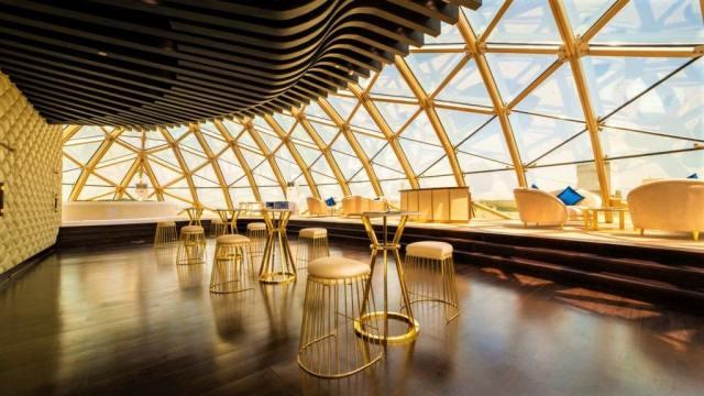 The Sweden Palace: Thoe, Dubai