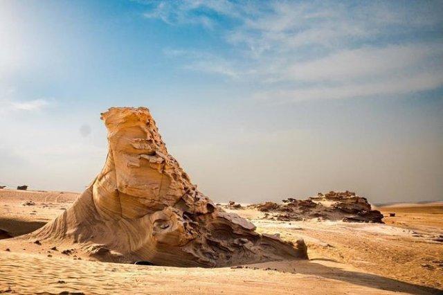 Al Wathba Fossil Dunes Formations