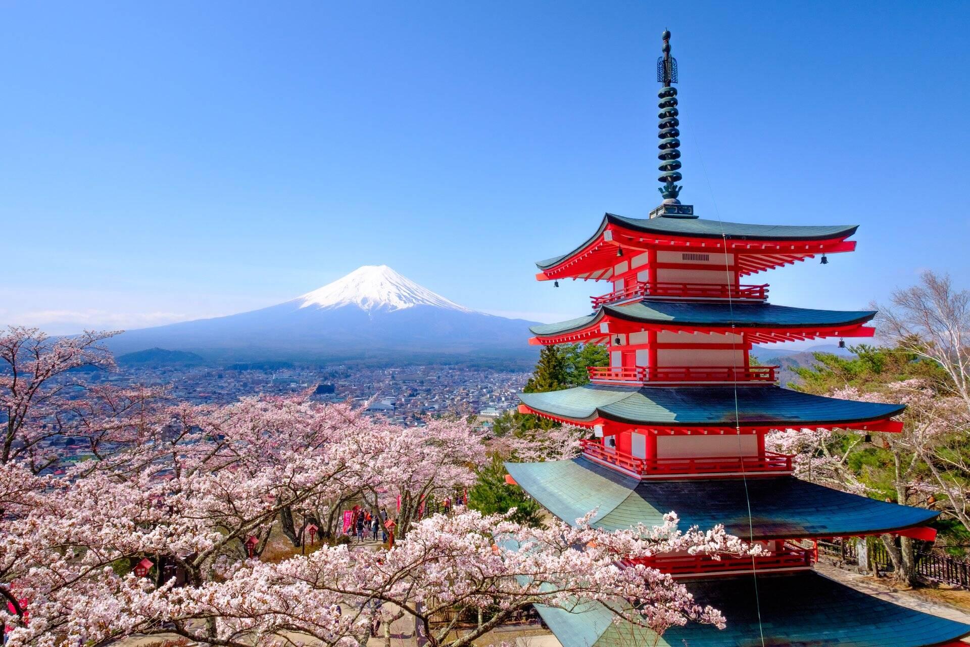 10 Most Unique Places You Must Visit In Japan