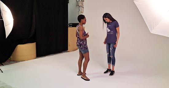 rental-of-photography-studio-for-tshirt-fashion