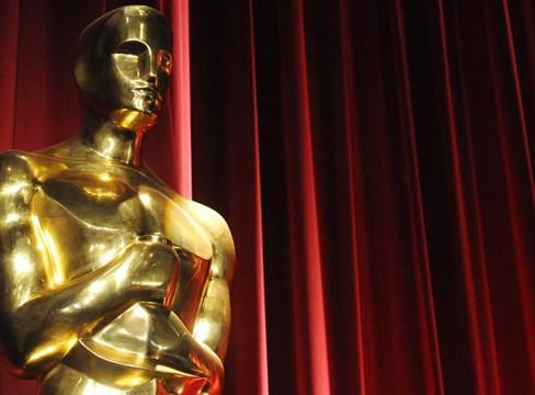 An Oscars statue