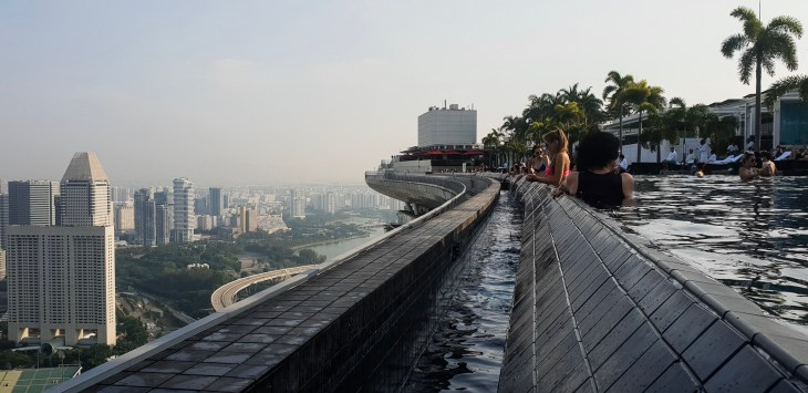 Marina Bay Sands infinity pool with Sinagpore city in background