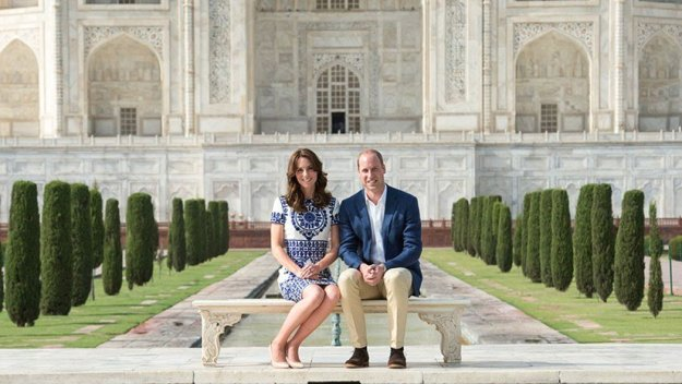 Prince William & Kate in front of the Taj Mahal