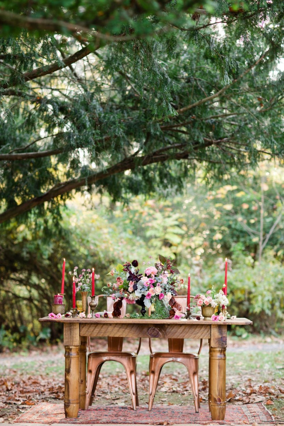 Lovely bold and bright berry styled shoot by Philadelphia's The Styled Bride. | www.thestyledbride.com