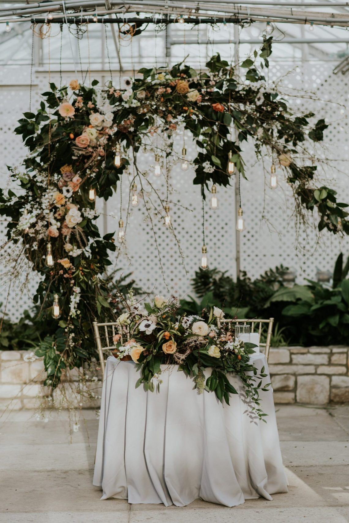 A stunning sweetheart table designed by Sullivan Owen at the Horticulture Center in Philadelphia. | www.thestyledbride.com