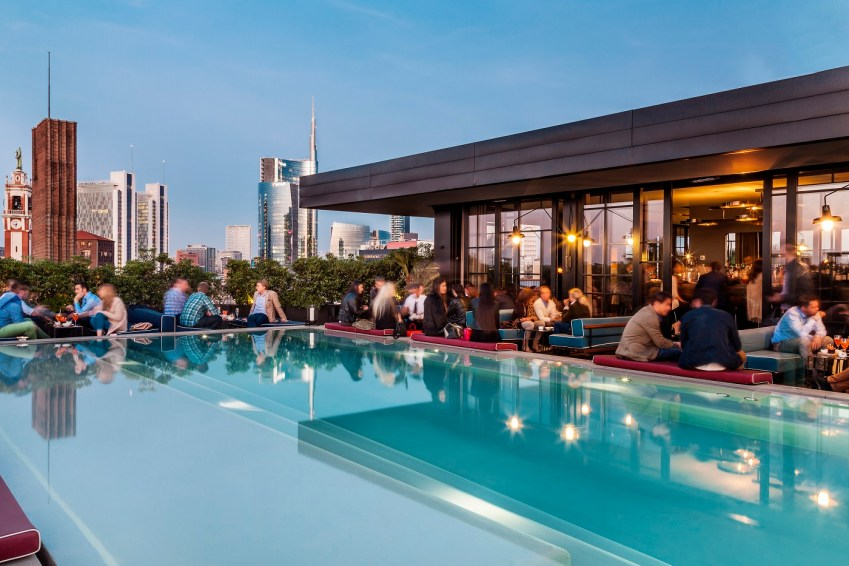 A cena da Ceresio 7 Milano pools cokctail rooftop - thestylelovers.com