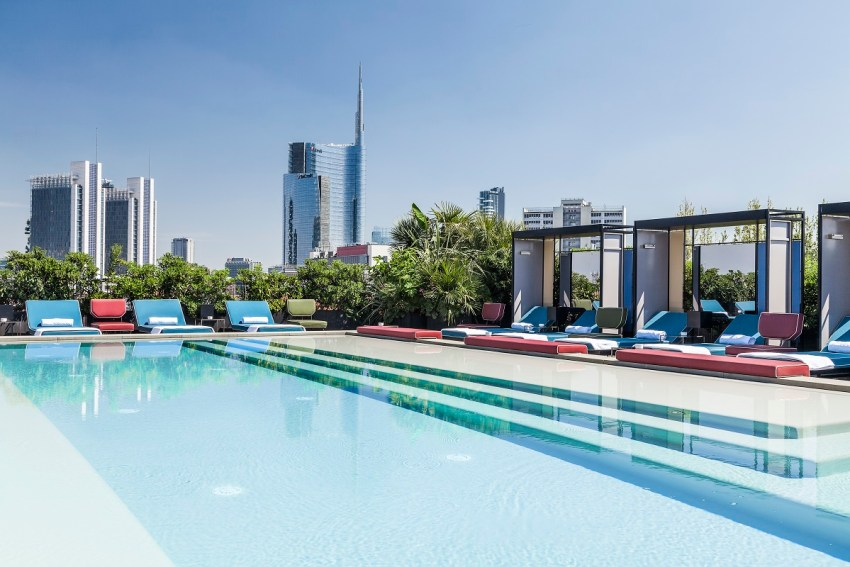 A cena da Ceresio 7 Milano vista piscine - thestylelovers.com