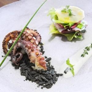 Amalfi. Cosa fare e dove mangiare. Ristorante Marina Grande polpo - thestylelovers.com