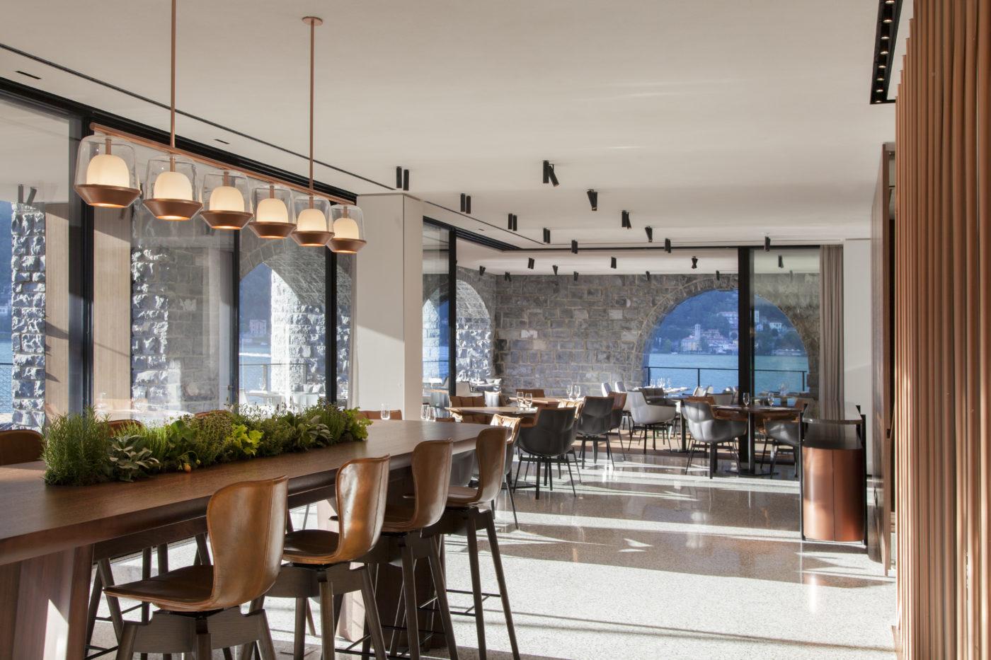 Hotel Di Lusso Interni : Il sereno design hotel di lusso sul lago di como ristorante interno