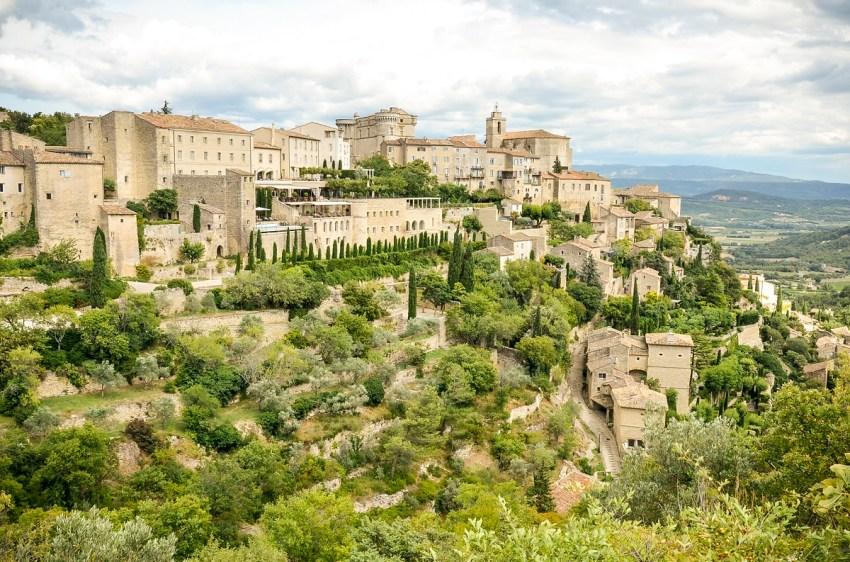 Itinerario della lavanda in Provenza - Gordes - thestylelovers.com