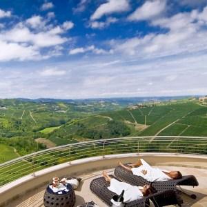 Langhe dove dormire. Il Boscareto terrazza - thestylelovers.com