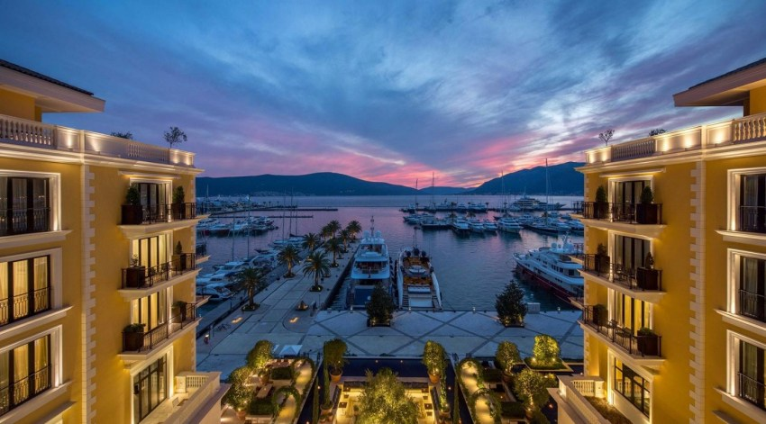 Montenegro la nuova meta del lusso. Regent Montenegro exterior and view - The Style Lovers