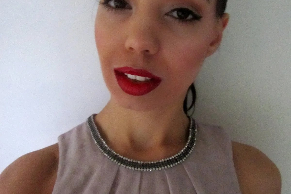 Makeup look: Red lips
