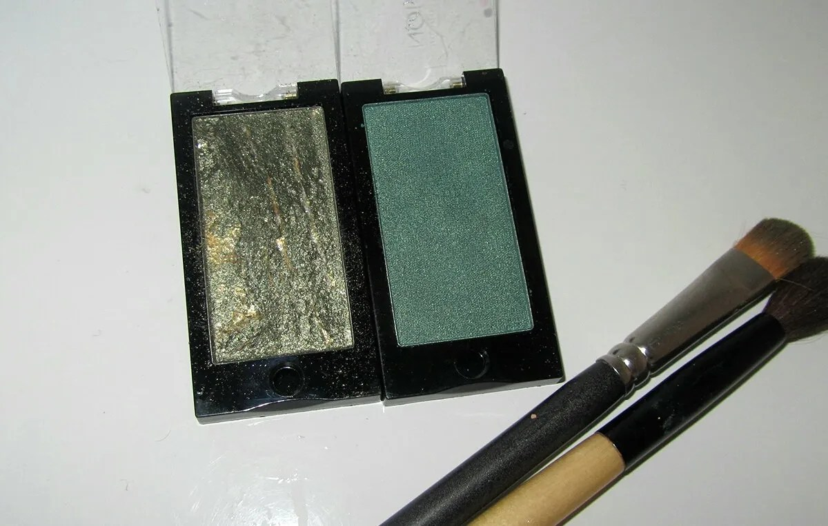 Makeup look: Green with envy