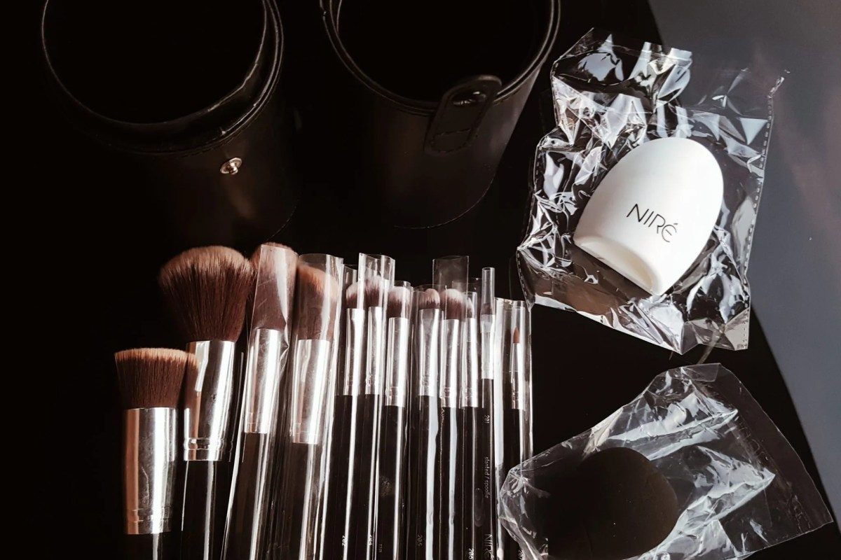Niré Beauty makeup brushes - The Style of Laura Jane