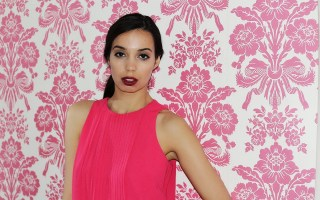 Dating Turnoffs - pink dress - The Style of Laura Jane