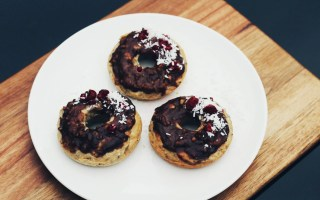 Romantic person - vegan donut dessert - The Style of Laura Jane