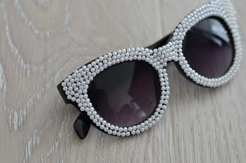 DIY pearl covered sunglasses // thestylesafari.com