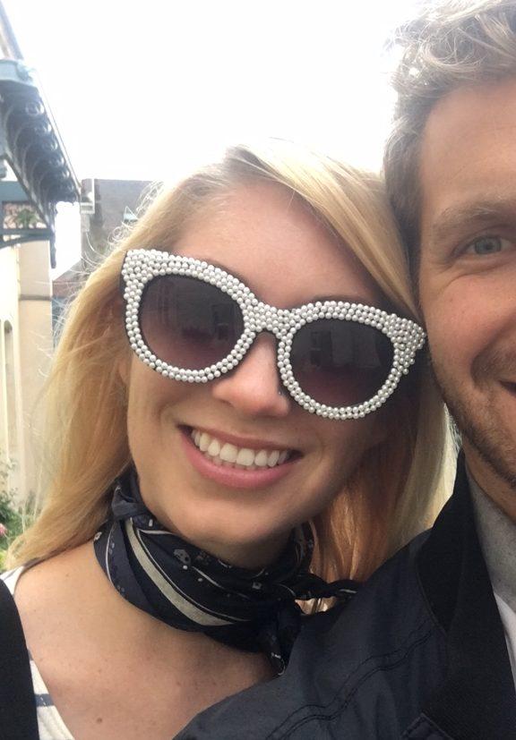 DIY pearl jeweled sunglasses // thestylesafari.com