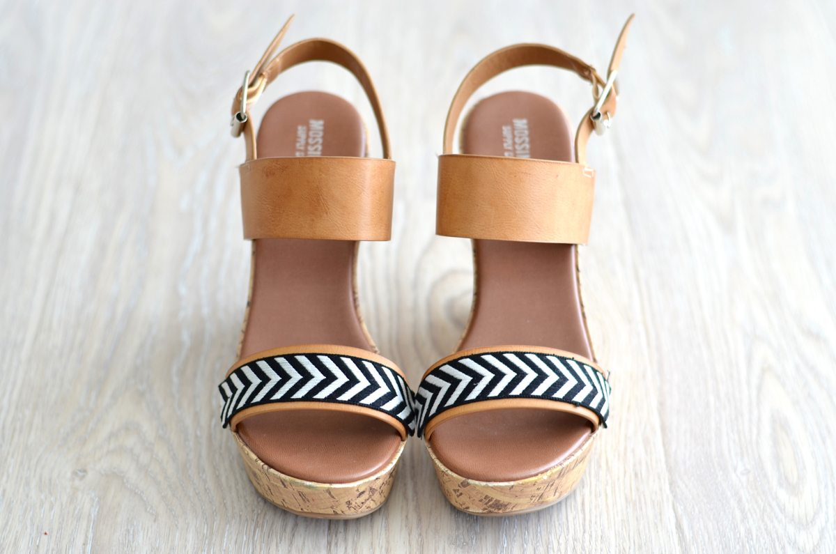 DIY ribbon trim sandals