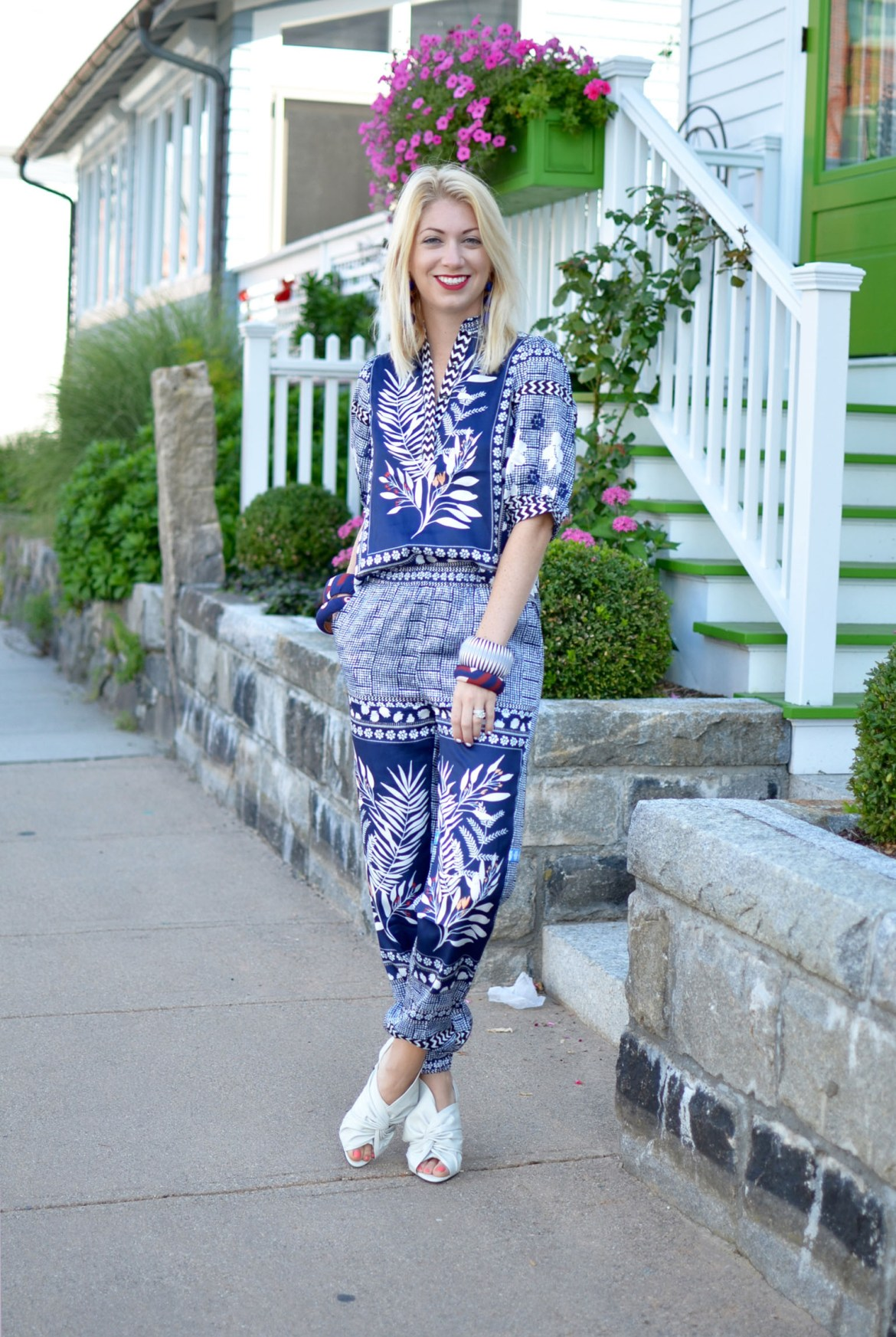 Stefanie of The Style Safari wears dezzal blue printed blouse and pants twinset, defining your style // thestylesafari.com