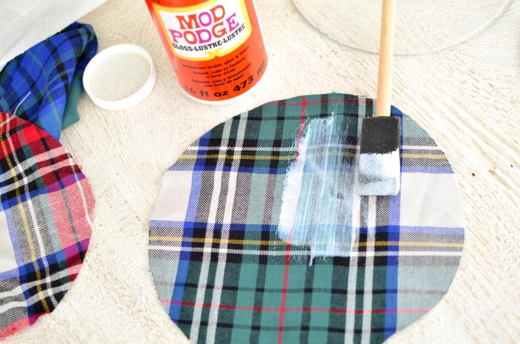 DIY, Plaid Fabric Glass Plates // thestylesafari.com
