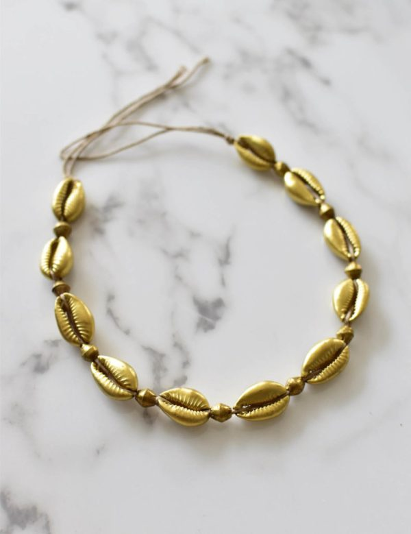 DIY gold cowrie shell necklace