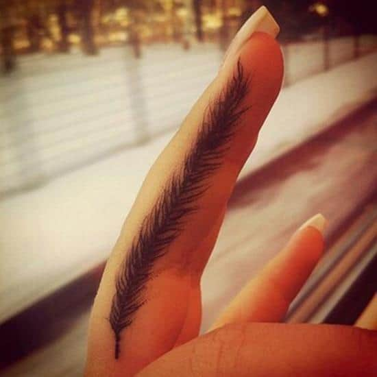 11-Small-Feather-tattoo1