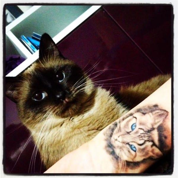 AD-Minimalistic-Cat-Tattoos-78
