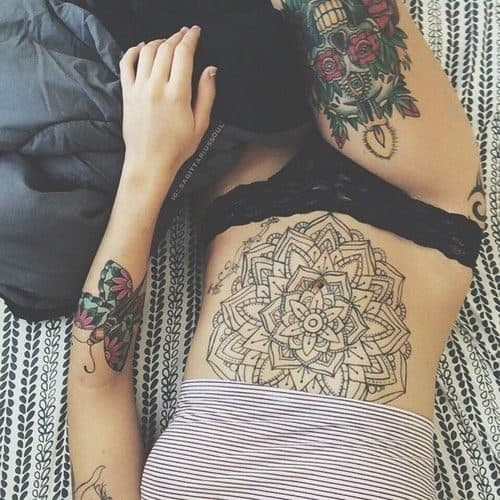 Tattoo Henna Stomach Style