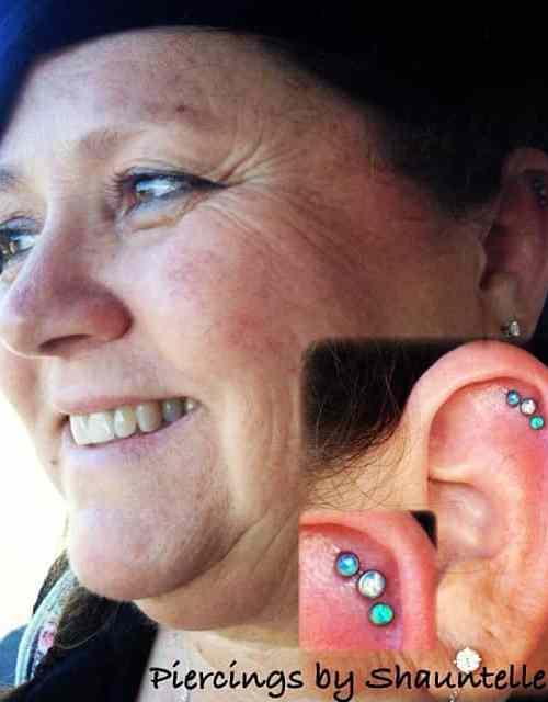 helix-piercing-lady