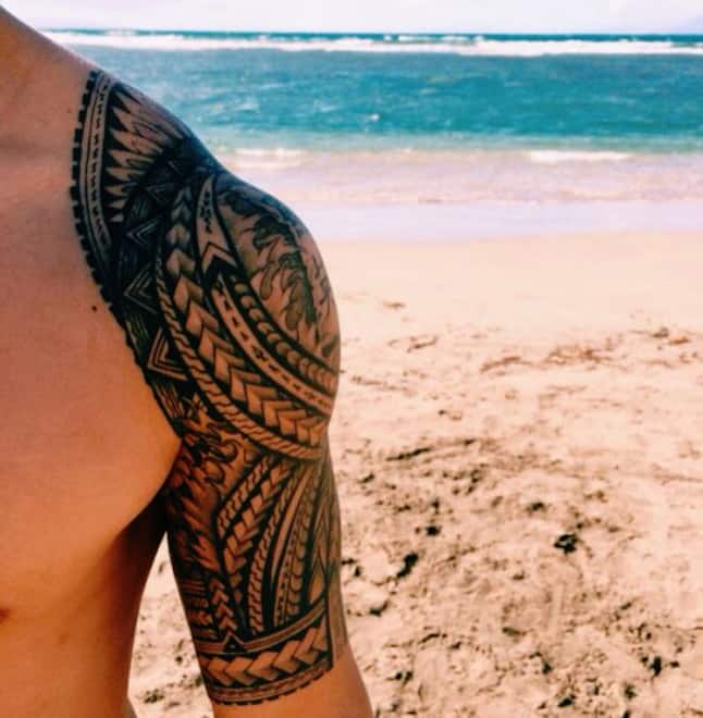 should-islander-tribal-tattoo