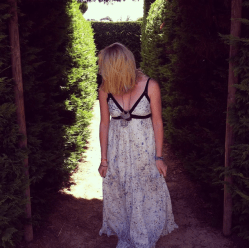 This Jeans West op shop maxi has definitely been added to my favourites list!