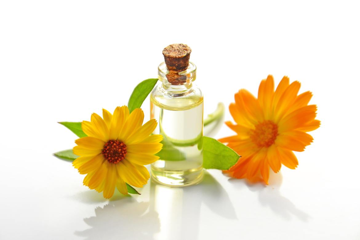 Natural Acne Remedies For Glowing Skin Tea Tree Oil