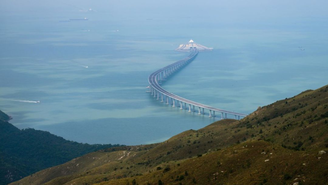 High Suspension bridge that connects mainland China to Hong Kong