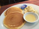 Pancakes and bananas- what Rachel chose...