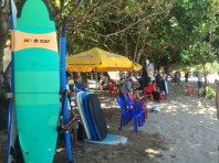 Many people learning to surf here