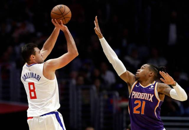 Suns_Clippers_Basketball_60961