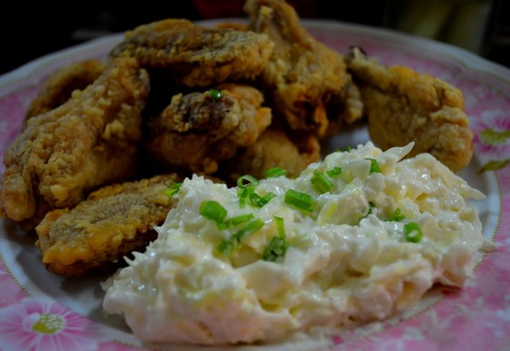 Breaded Chicken Wings with Coleslaw