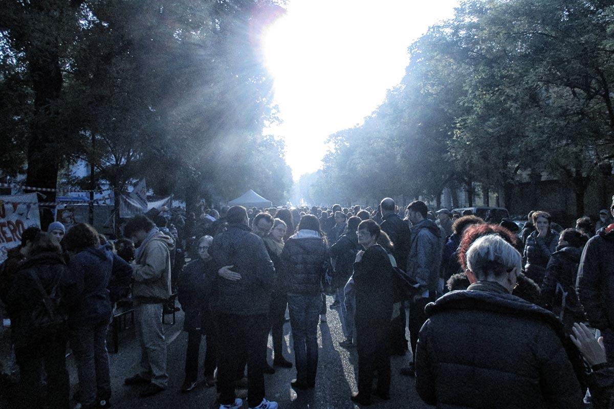 L'accoglienza di Milano ai profughi della caserma Montello