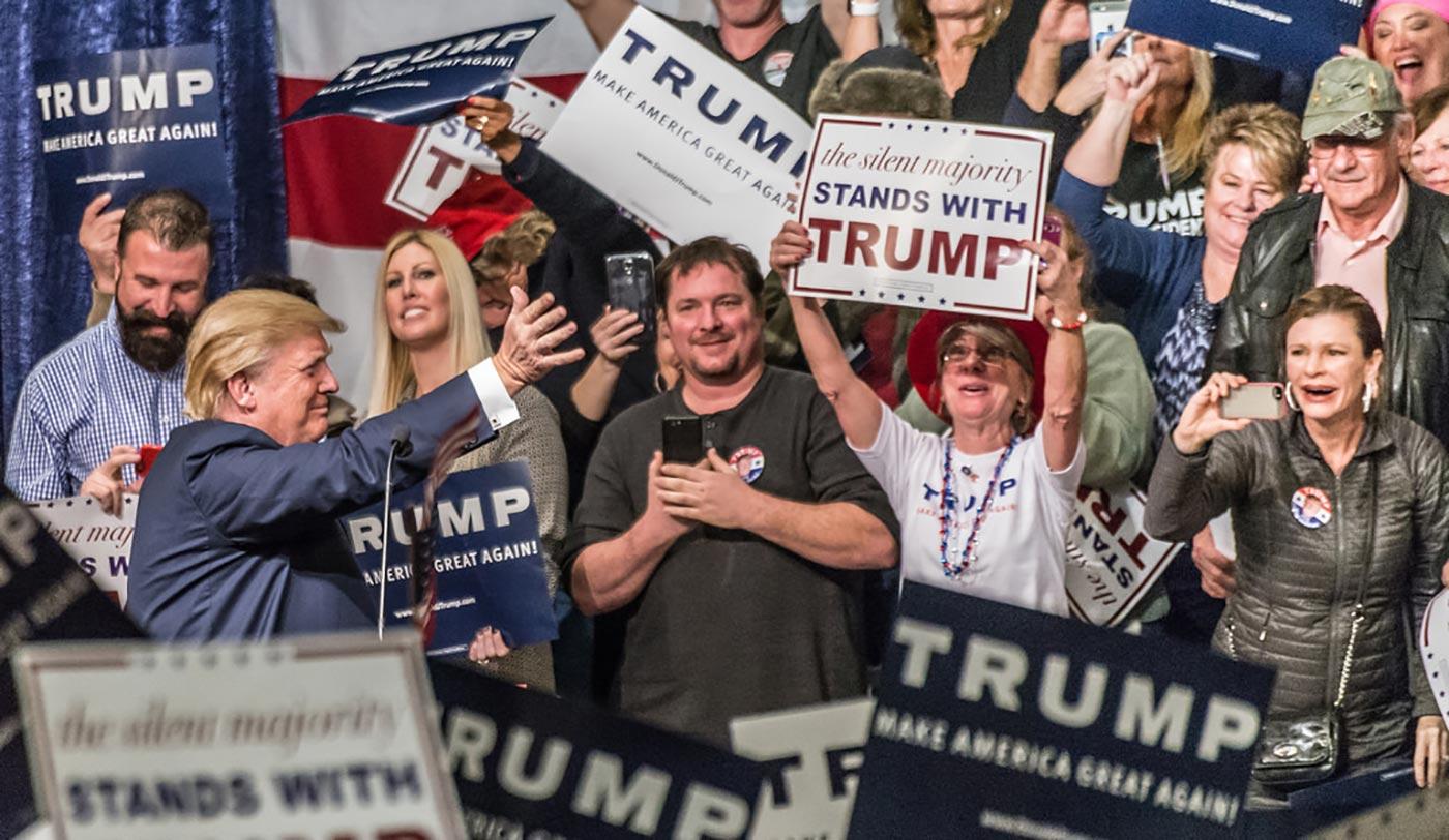 """Secondo un nuovo studio il voto a Trump è stato razzista e bigotto, """"la lotta all'establishment"""" ha mosso tre voti"""