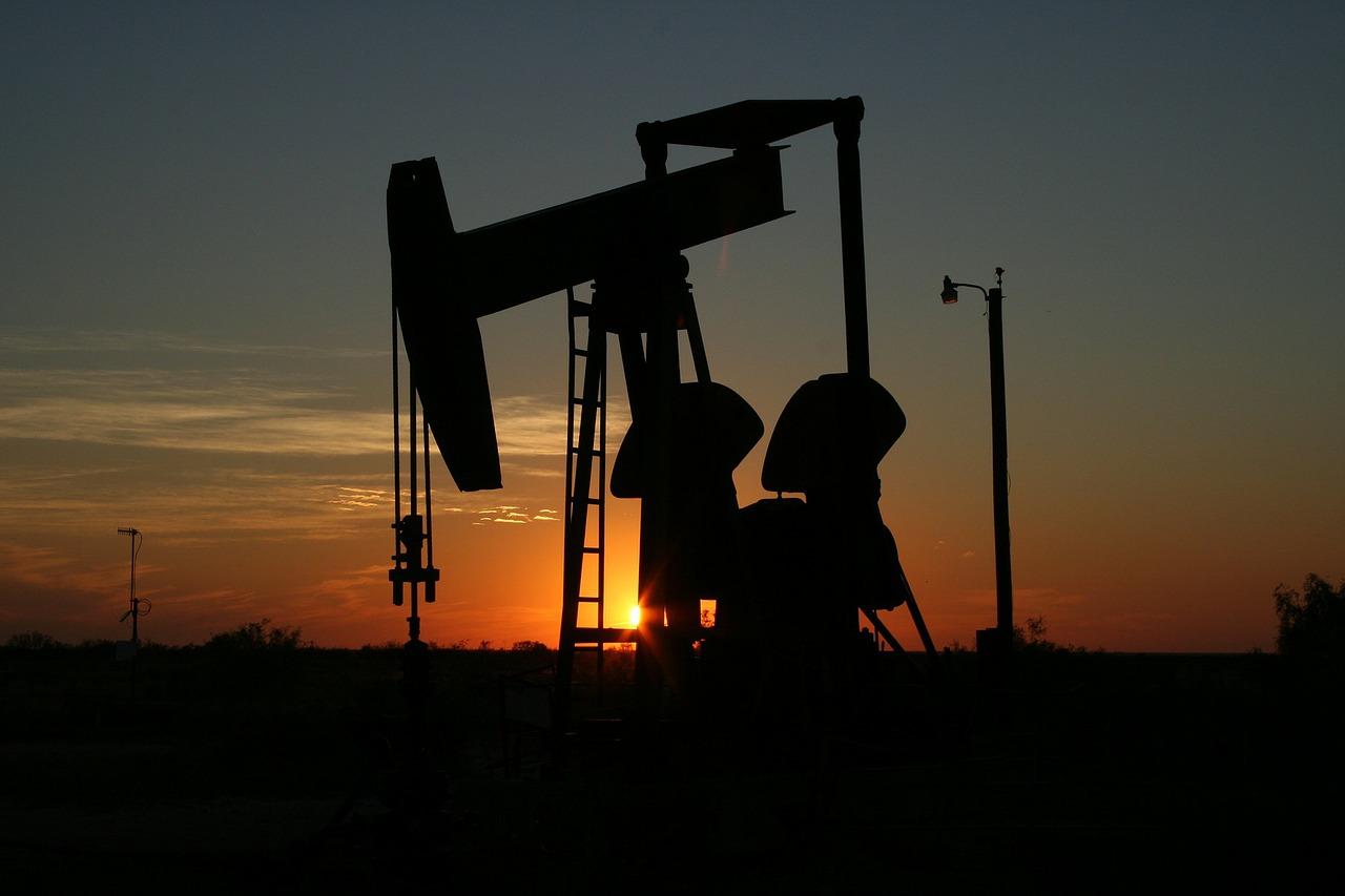 Pompare petrolio è umano, esagerare sarebbe diabolico