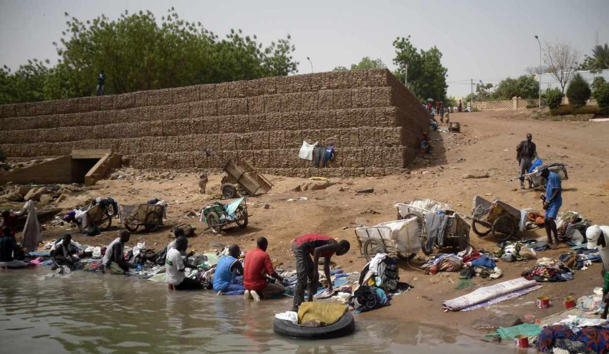 https://i2.wp.com/thesubmarine.it/wp-content/uploads/2017/07/Malì-fiume_Senegal.jpg?fit=1200%2C698&ssl=1